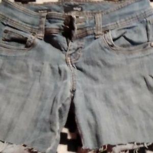 Ana cut off shorts